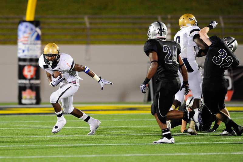 Sept 10, 2011 : Good Counsel's Stefon Diggs (1) in action at the 2011 Patriot Classic Football tournament at the United States Naval Academy Stadium in Annapolis, Maryland. Good Counsel defeated Gilman 26-21.