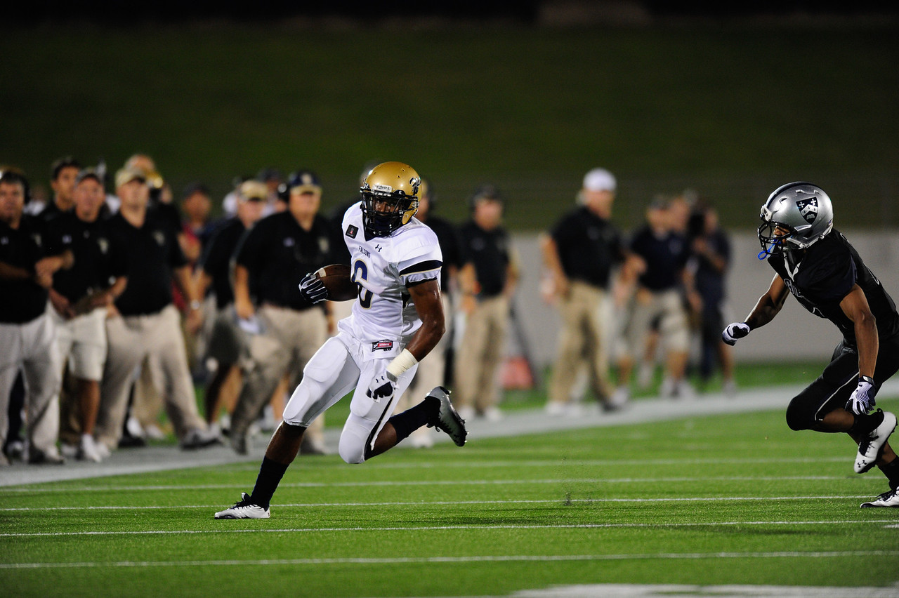 Sept 10, 2011 : Good Counsel's Dorian O'Daniel (6) battles Gilman's Malcolm Powers (21) during action at the 2011 Patriot Classic Football tournament at the United States Naval Academy Stadium in Annapolis, Maryland. Good Counsel defeated Gilman 26-21.