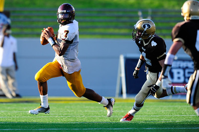 Sept 9, 2011 : McNamara QB Milan Collins (7) in action during action at the 2011 Patriot Classic Football tournament at the United States Naval Academy Stadium in Annapolis, Maryland. The Landon Bears defeated the McNamara team 29-14.