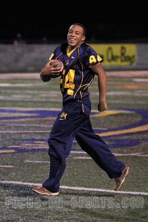 Freshman Dontavius Bruce #84