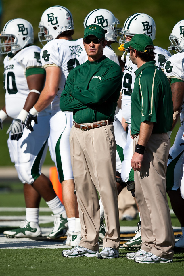 7 November 2009: Baylor head coach Art Briles during the Baylor Bears 40-32 win over the Missouri Tigers at Memorial Stadium in Columbia, Missouri.