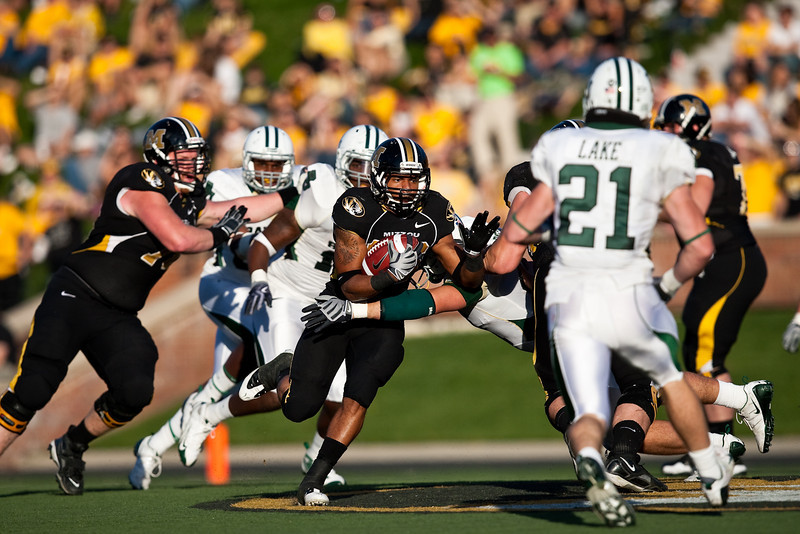 7 November 2009: Missouri running back De'Vion Moore (26) carries the ball during the Baylor Bears 40-32 win over the Missouri Tigers at Memorial Stadium in Columbia, Missouri.