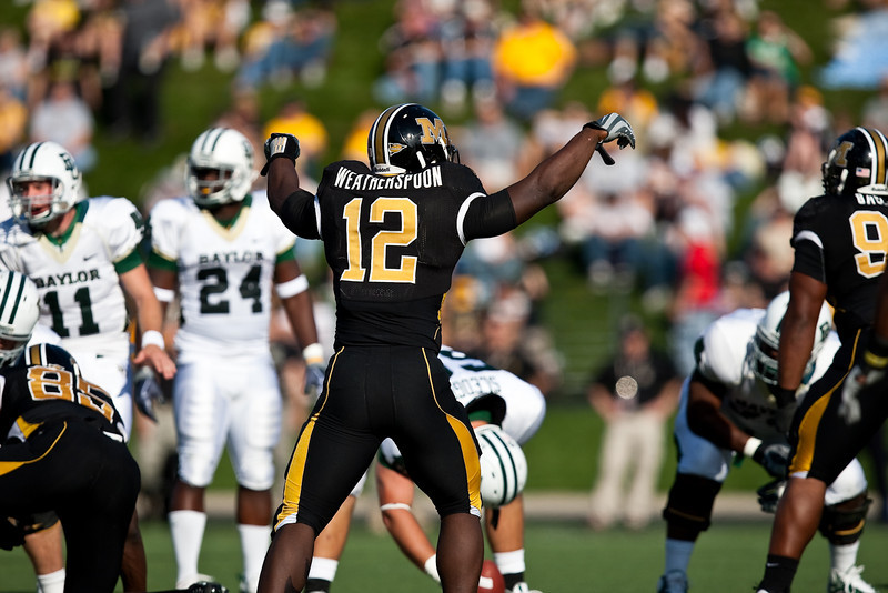 7 November 2009: Missouri linebacker Sean Weatherspoon (12) directs the defense during the Baylor Bears 40-32 win over the Missouri Tigers at Memorial Stadium in Columbia, Missouri.
