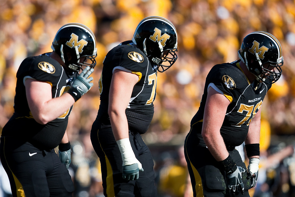 7 November 2009: The Missouri offensive line sets up during the Baylor Bears 40-32 win over the Missouri Tigers at Memorial Stadium in Columbia, Missouri.