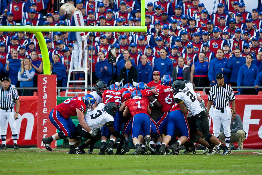 28 November 2009: Kansas quarterback Todd Reesing (5) pushes in for a 1 yard touchdown run during the Missouri Tigers 41-39 win over the Kansas Jayhawks at Arrowhead Stadium in Kansas City, Missouri.