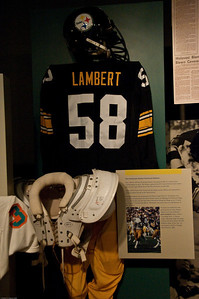 Sports-Football-NFL Hall of Fame 042509-12
