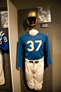Sports-Football-NFL Hall of Fame 042509-7