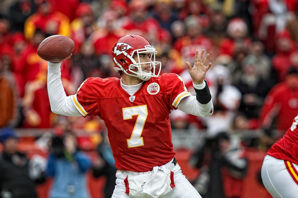 January 9, 2011: Kansas City Chiefs quarterback Matt Cassel (7) throws the ball during an AFC Wild Card game where the Baltimore Ravens defeated the Kansas City Chiefs 30-7 at Arrowhead Stadium in Kansas City, Missouri.
