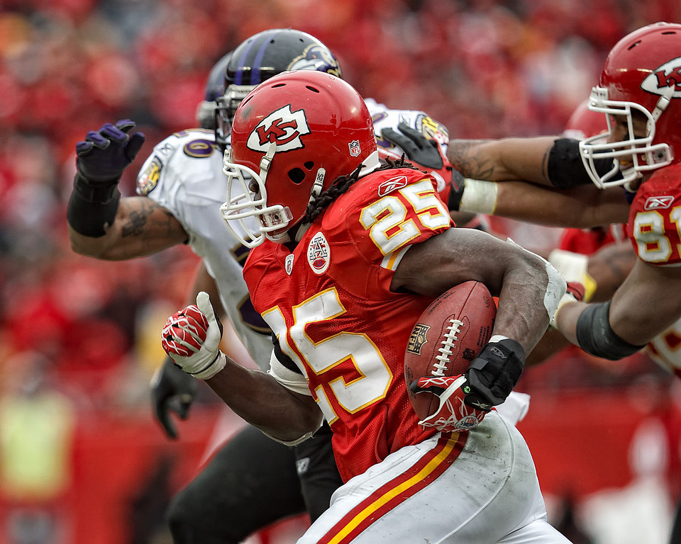 January 9, 2011: Kansas City Chiefs running back Jamaal Charles (25) carries the ball during an AFC Wild Card game where the Baltimore Ravens defeated the Kansas City Chiefs 30-7 at Arrowhead Stadium in Kansas City, Missouri.
