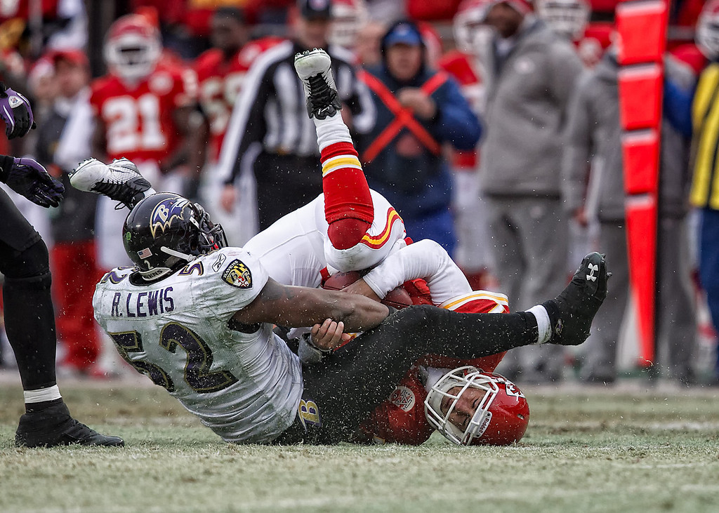 January 9, 2011: Baltimore Ravens linebacker Ray Lewis (52) sacks Kansas City Chiefs quarterback Matt Cassel (7) during an AFC Wild Card game where the Baltimore Ravens defeated the Kansas City Chiefs 30-7 at Arrowhead Stadium in Kansas City, Missouri.