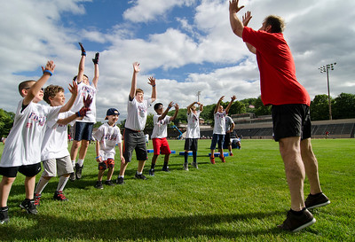 New England Patriots Alumni Club Football For You youth football clinic