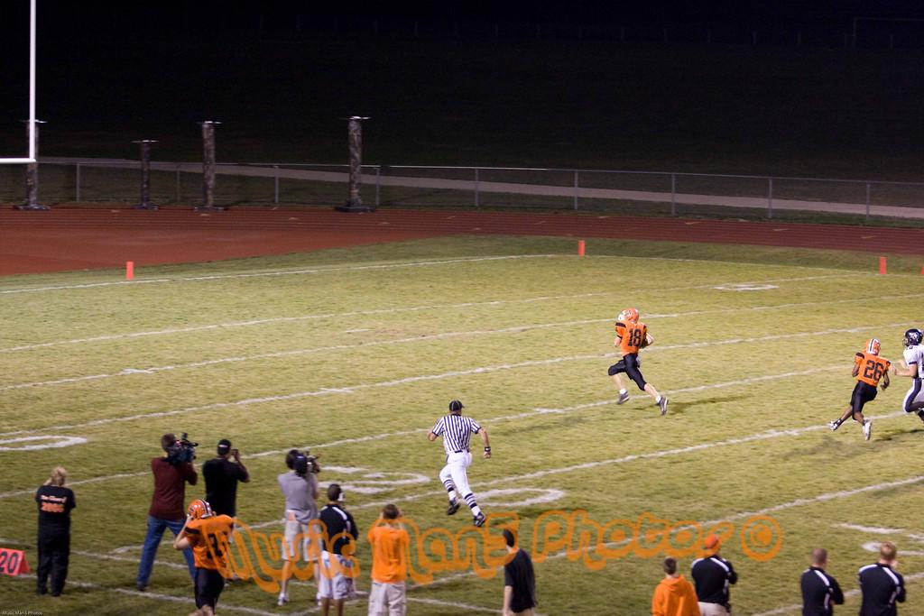 Running back the opening kickoff!