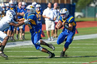 North Babylon vs West Islip Football   Sept 28th 2017   Copyright: Chris Bergmann Photography
