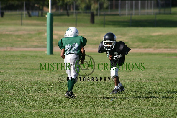 PEE WEES - CENTRAL UNIFIED YOUTH FOOTBALL - 10/15/05