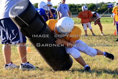 LH Panthers Football 8-10-10 Image # 1022