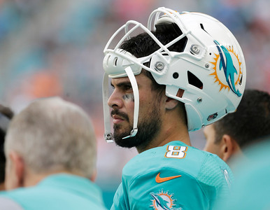 Patriots 35, Dolphins 14