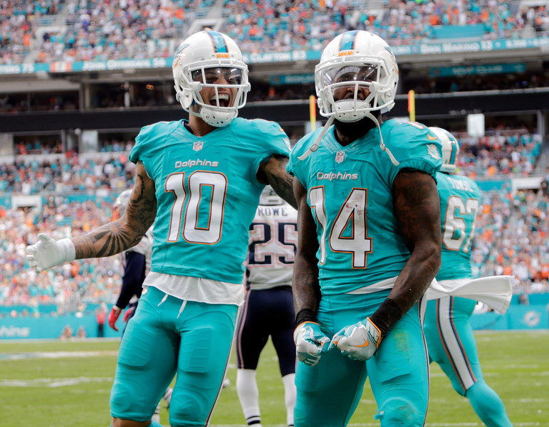Patriots Dolphins Football