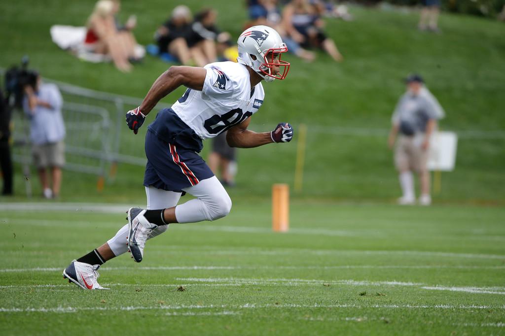 . New England Patriots wide receiver Jordan Matthews runs on the field during NFL football practice, Thursday, July 26, 2018, in Foxborough, Mass. (AP Photo/Steven Senne)