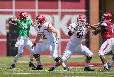 Austin Allen passes during the Arkansas Razorback Spring Football Game on 4/23/2016.   (Alan Jamison, Nate Allen Sports Service)