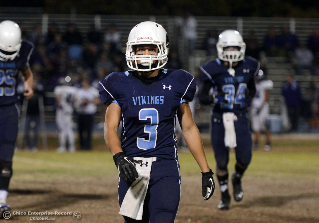 . Pleasant Valley High\'s #3 Brandon Romero against Shasta High in the second quarter of their football game at PVHS Asgard Yard Friday, October 18, 2013 in Chico, Calif.  (Jason Halley/Chico Enterprise-Record)