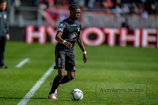 10-04-2016: Voetbal: FC Utrecht v NEC: Utrecht  Anthony Limbombe from NEC  Fotograaf Andy Astfalck Eredivisie seizoen 2015/2016 Utrecht - NEC