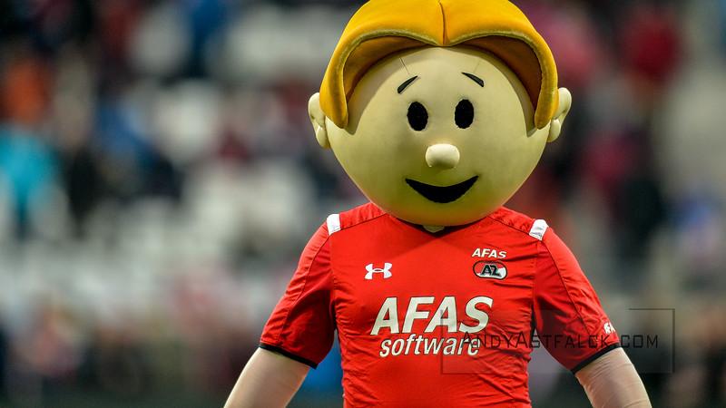 02-04-2016: Voetbal: AZ v PSV: Alkmaar  AZ Mascot  Fotograaf Andy Astfalck  Eredivisie AZ Alkmaar vs PSV Eindhoven