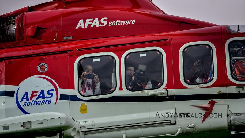 02-04-2016: Voetbal: AZ v PSV: Alkmaar  Helicopter arriving  Fotograaf Andy Astfalck  Eredivisie AZ Alkmaar vs PSV Eindhoven