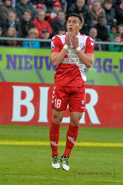 20-04-2016: Voetbal: FC Utrecht v De Graafschap: Utrecht  Rubio Rubin from Utrecht misses a shot at goal  Copyright Orange Pictures / Andy Astfalck  Eredivisie seizoen 2015/2016 Utrecht - de Graafschap