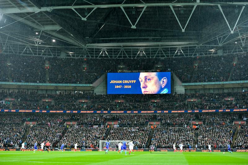 29-03-2016: Voetbal: Engeland v Nederland: Londen<br /> <br /> Remember Johan Cruijff <br /> <br /> Fotograaf Andy Astfalck