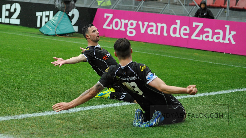 22-05-2016: Voetbal: FC Utrecht v Heracles Almelo: Utrecht  Thomas Bruns and Wout Weghorst from Heracles Almelo  Copyright Orange Pictures / Andy Astfalck  Eredivisie seizoen 2015/2016 Utrecht - Heracles Almelo