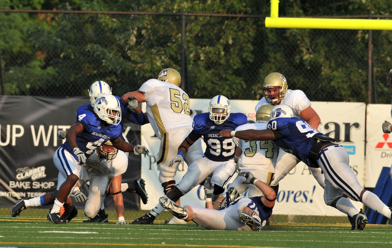 08_28_09_football_ISU_vs_quincy_d3_-671