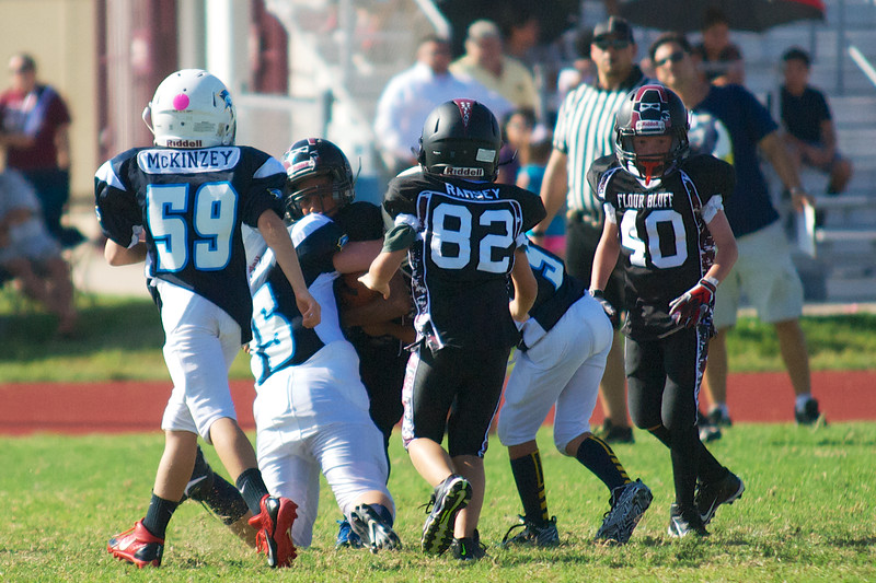 Aiden (75) & Koby (9) on the tackle!