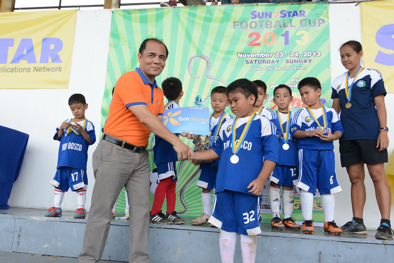 Sun Savings Bank gives P1,000 for the Most Valuable Player of the each group participating the 2nd Sun.Star Football Cup. (Allan Defensor)
