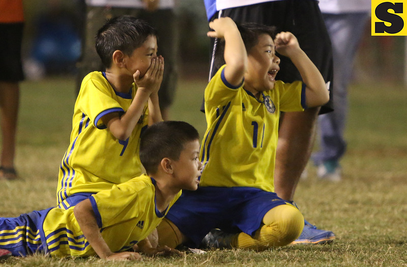 Don Bosco A Under 7 react after their co player misses a goal during a penalty kick against USC Dolfins. <br /> foto: Alex badayos