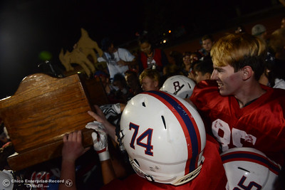 Las Plumas beats Oroville 52-22 Friday, Nov. 4, 2016, to win the Victory Bell at Harrison Stadium in Oroville, California. (Dan Reidel -- Enterprise-Record)