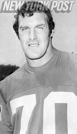 New York Giants Offensive Lineman Bob Hyland #70. 1973