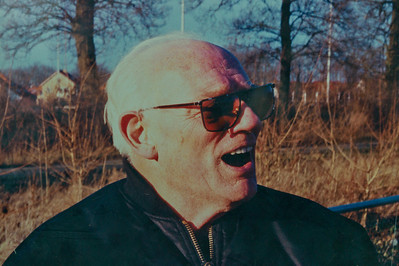 Foto Frank van Orden in clubhuis   Voorwerpen aanwezig Clubhuis 7 maart 2013  Fotograaf: Lucrees van Groningen
