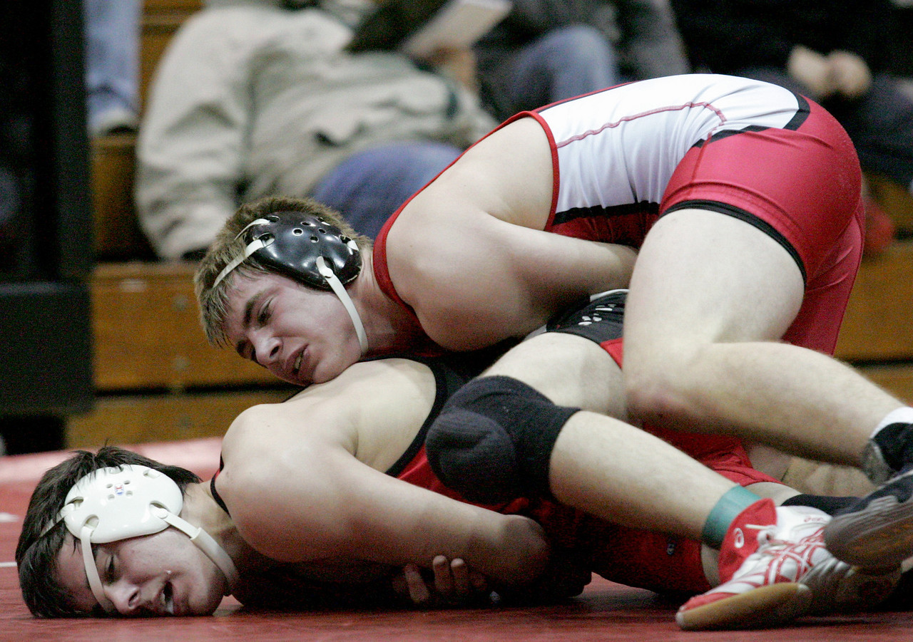 E.L. Hubbard for the DDN<br /> Carlisle's Zach Wagers tries to escape Franklin's John Gross during the 2008 Grudge Match at Carlisle High School Wednesday, December 10, 2008. Gross won by decision.