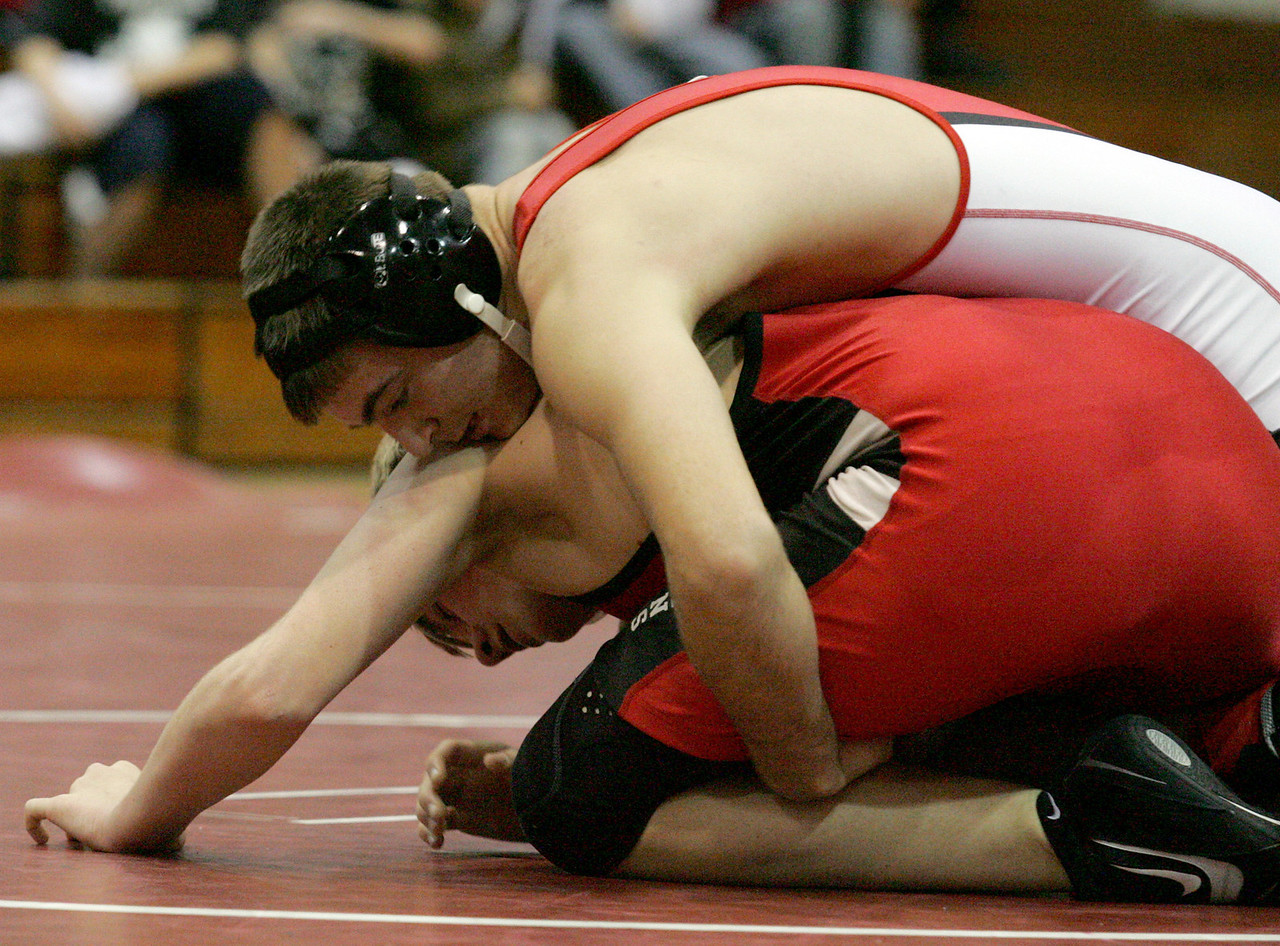 E.L. Hubbard for the DDN<br /> Carlisle's Troy Sehorne wrestles Franklin's Tyler Hall during the 2008 Grudge Match at Carlisle High School Wednesday, December 10, 2008. Sehorne won by pin.