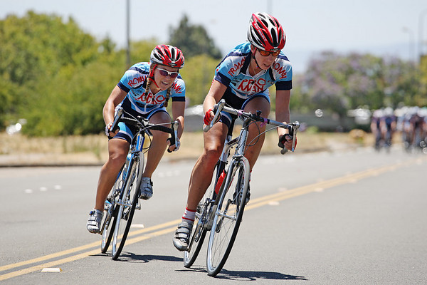 Rachel Lloyd and Shelley Olds off the front early
