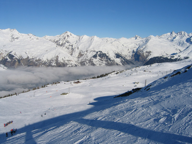 Les Arc Skiing Feb 04 01