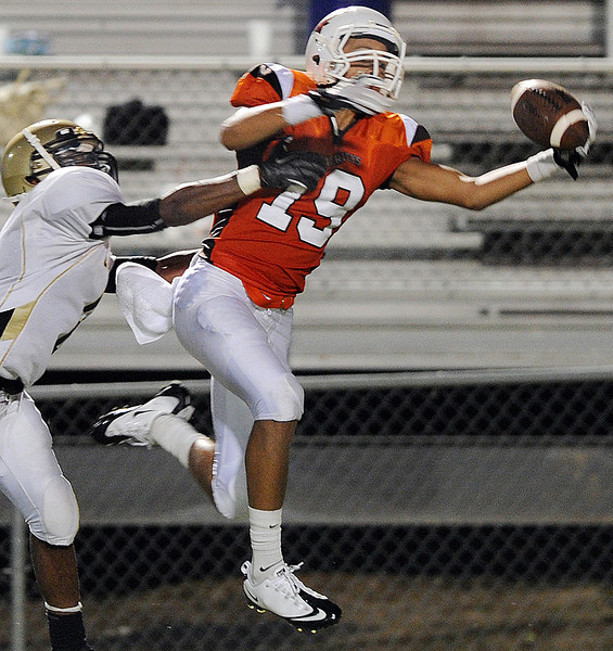 Mauldin's Tyler Brown makes the one-handed catch. More photos at gwinndavisphotos.com<br /> The Mauldin Mavericks played host to the Hanna Yellow Jackets in a Class AAAA football game.<br /> GWINN DAVIS PHOTOS<br /> gwinndavisphotos.com (website)<br /> (864) 915-0411 (cell)<br /> gwinndavis@gmail.com  (e-mail) <br /> Gwinn Davis (FaceBook)