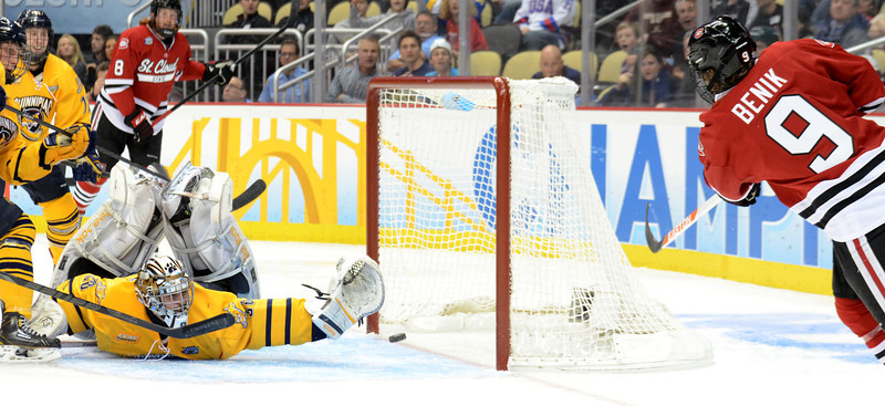 Joey Benik scores the Huskies' only goal of the game.