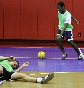 Futsal 01152011-8
