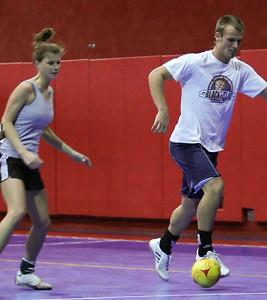 Futsal 01152011-12