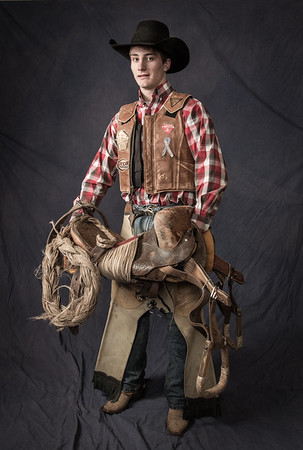Tegan Smith, Winterset, IA, Saddle Bronc rider