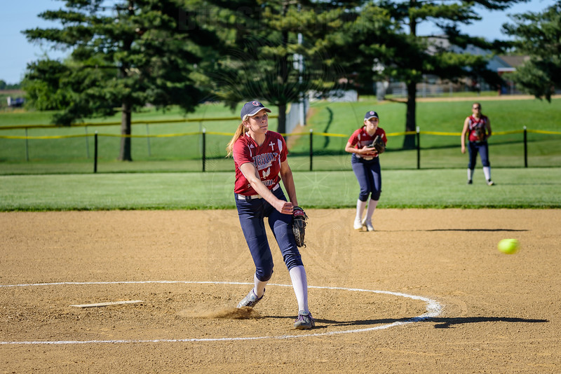 GIBAULT LADY HAWKS SOFTBALL 5/2/2017