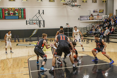 018_GHSBBASK_ LakeForest_012817_3145