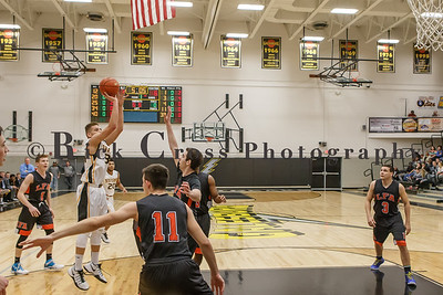 019_GHSBBASK_ LakeForest_012817_3146