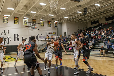 010_GHSBBASK_ LakeForest_012817_3137